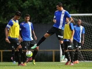 Leandro Damião é a grande esperança de gols da equipe santista nesta temporada