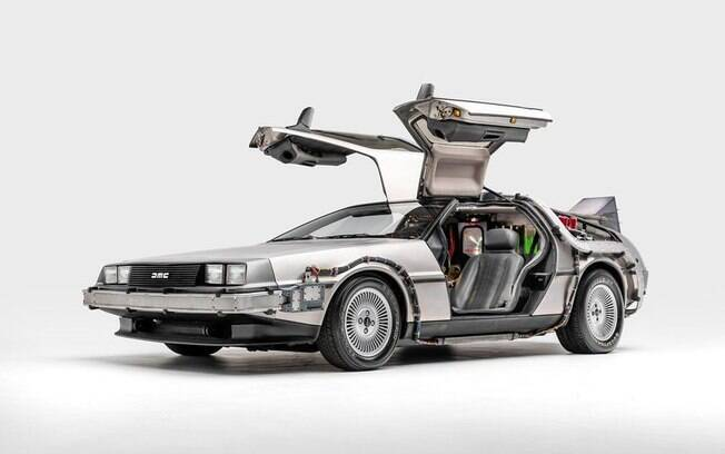 Entre os 50 carros de filmes, o DeLorean definitivamente será um dos mais aclamados pelo público