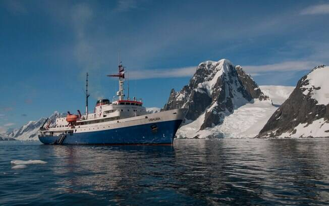 barco na Antártida