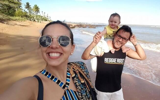 Família completa: Pedro, o filho do casal, está com nove meses atualmente e tudo indica que gostará de capoeira