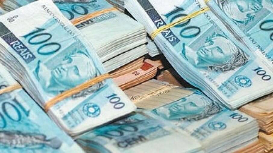 Valores ultrapassam, em média, R$ 8,5 mil por mês o teto constitucional