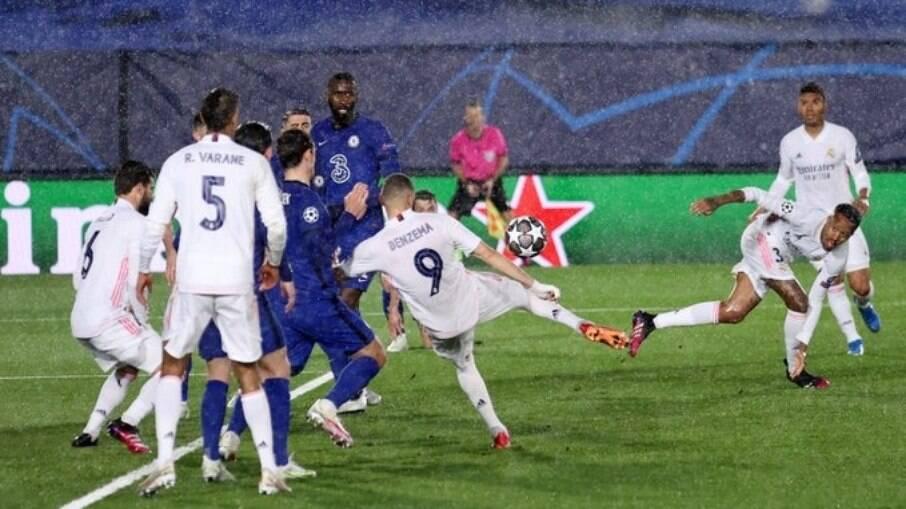 Real Madrid e Chelsea empatam em jogo de ida Champions