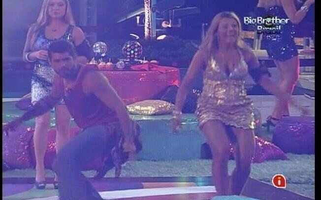 Fabiana e Yuri arrasam na pista de dança