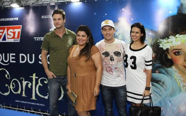 Marcelo Argenta, Fabiana Karla e Rodrigo Andrade acompanhado da namorada