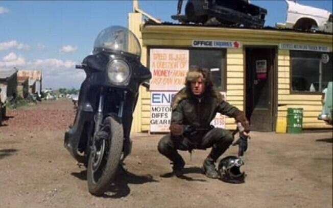 """A motocicleta de Toecutter, o vilão de """"Mad Max"""", é uma Kawasaki Z1000 A1"""