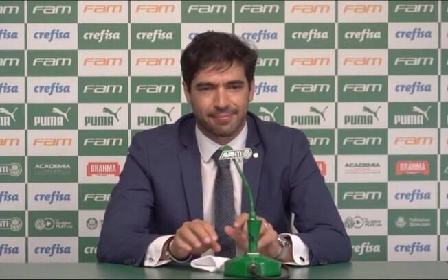 Em apresentação, Abel Ferreira afirma: 'Quero juntar títulos em minha carreira'