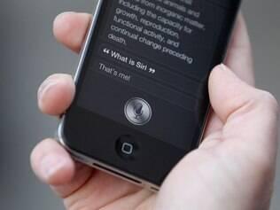 Siri, novo aplicativo do iPhone 4S, é usado por 87% dos usuários entrevistados
