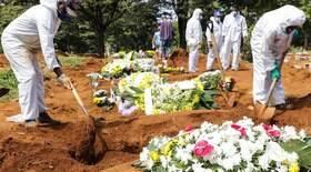 Brasil tem 433 mortes em 24h; média indica estabilidade