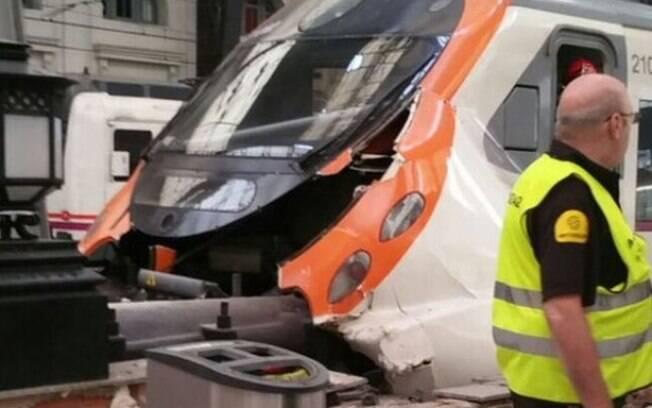 Pelo menos 54 pessoas ficaram feridas, das quais uma segue estado grave, no acidente em Barcelona