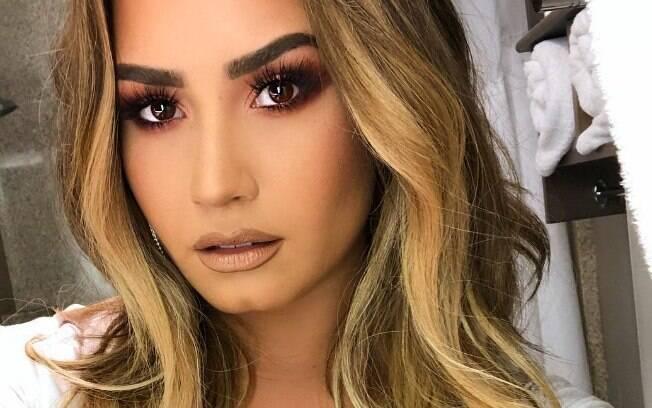 Demi Lovato é internada em Los Angeles após overdose de heroína, diz o site americano TMZ