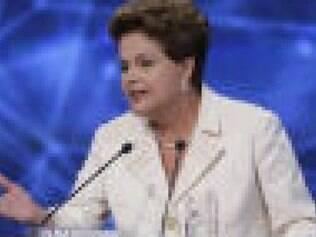 Dilma larga na frente na montagem de palanques para o 2º turno