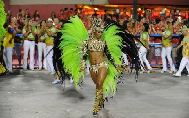 Com o samba mais contagiante deste carnaval, a Império da Tijuca abriu os desfiles do grupo especial no Rio