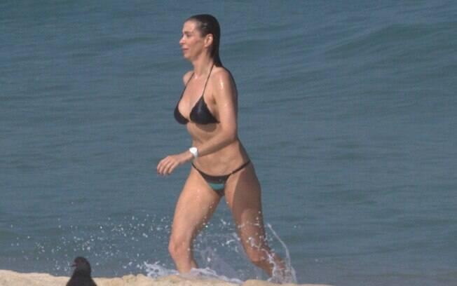 Sexo na praia de brasilia - 2 part 7