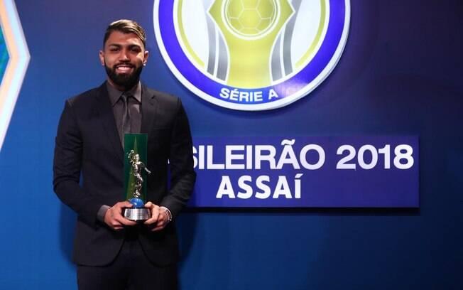 Gabigol havia feito temporada ruim em 2017, mas no Santos, em 2018, foi artilheiro do Brasileirão e da Copa do Brasil