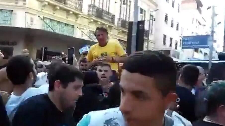 Jair Bolsonaro sofreu atentado em junho de 2018 durante a campanha eleitoral que o elegeria
