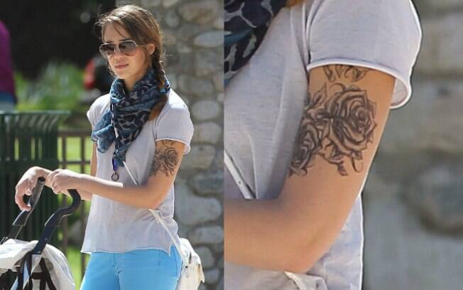 Jessica Alba: nova tatuagem é para um filme de comédia
