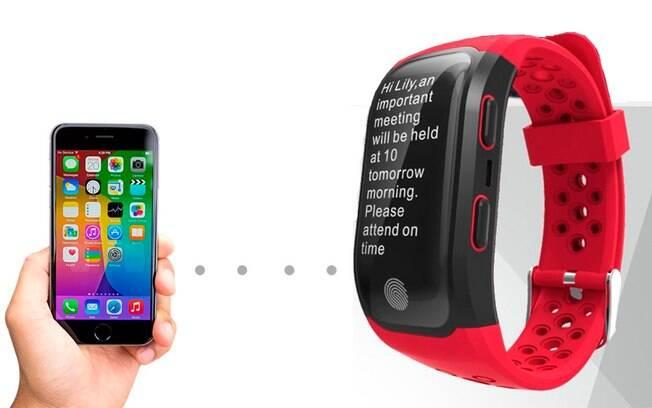 Os relógios inteligentes possibilitam que os usuários tenham acesso às mensagens recebidas sem precisar tirar o smartphone do bolso.