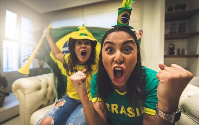 Na hora de reunir os amigos em casa para assistir a jogos da Copa do Mundo, não pode faltar o lanchinho