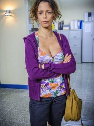 Dani Barros como Lorraine