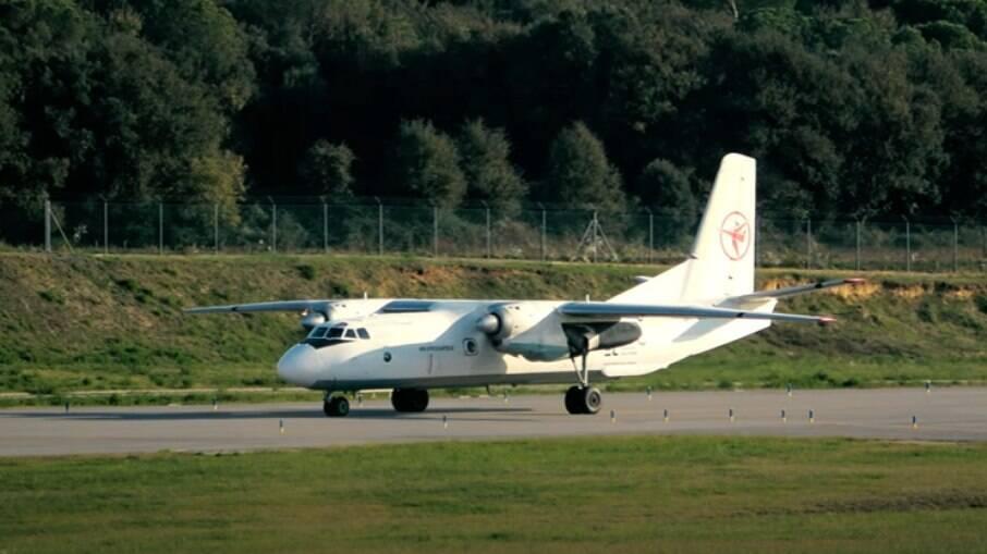 Aereonave Antonov An-26