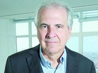 Energia. Rubens Menin carrega uma medalha de Nossa Senhora de Fátima na carteira há 20 anos