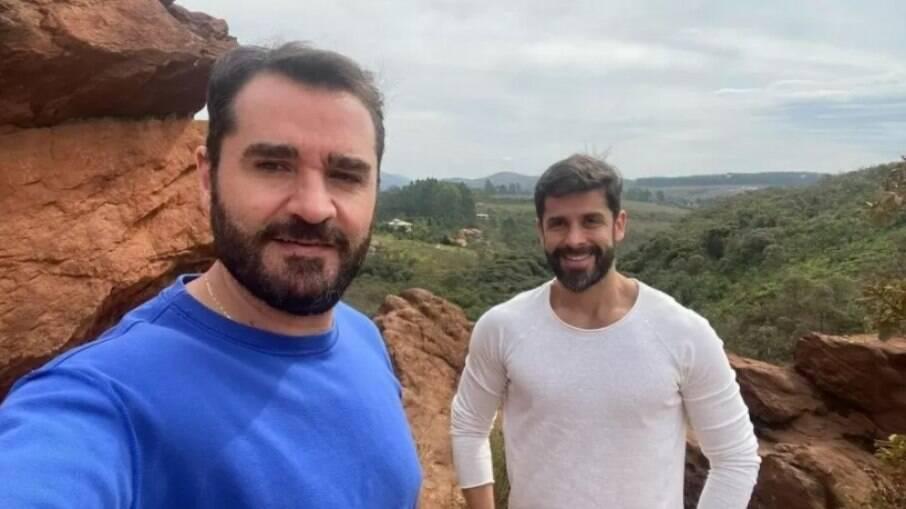 Marcelo Cosme e seu noivo, Frankel Brandão