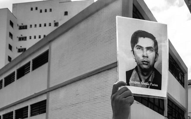 Ato em frente ao DOI-Codi de São Paulo lembra vítimas da ditadura