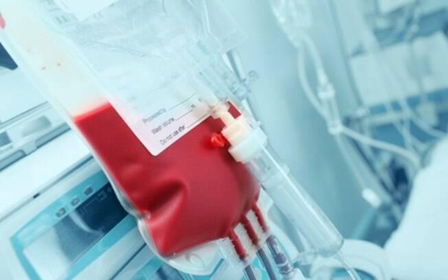 Ministros do STF analisam se devem ou não anular norma do Ministério da Saúde que proíbe homossexuais de fazerem doação de sangue