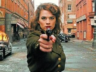 """Origem. Hayley Atwell interpreta a personagem tanto nos filmes do """"Capitão América"""" quanto na série"""