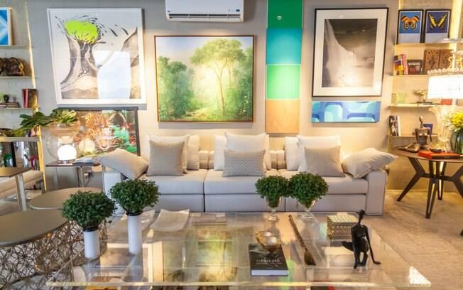 A arquiteta Myrna Porcaro assina o espaço de 97 m² inspirado no Morar Brasileiro em Miami