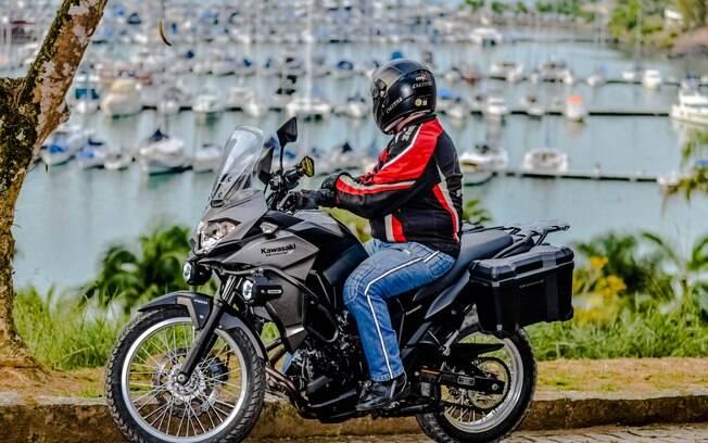 Entre as motos trail, eis a que mais se assemelha a uma superesportiva, uma vez que deriva da Ninja 300