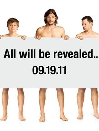 Ashton Kutcher aparece nu para divulgar estreia de