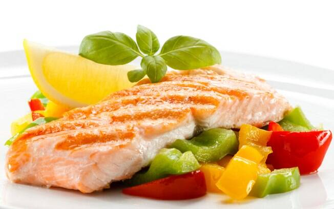 peixes no prato