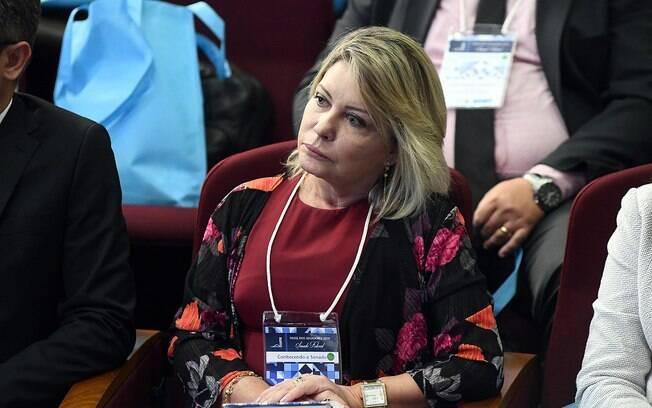 Selma Arruda, ex-juíza eleita senadora pelo PSL, deixou o partido e filiou-se ao Podemos.