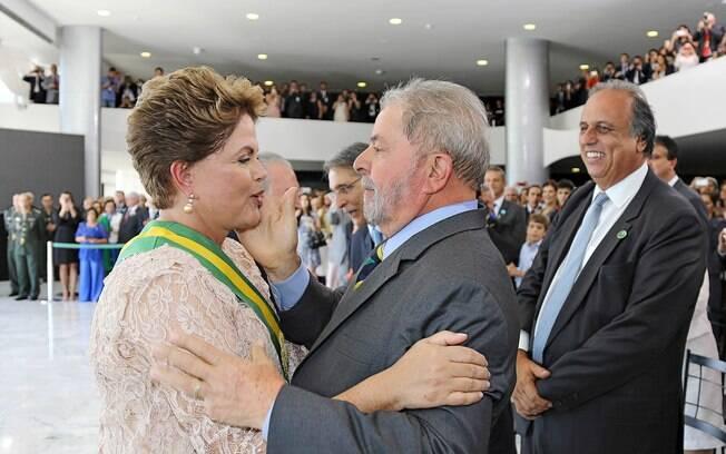 A convite de Dilma, Lula aceitou o cargo de ministro da Casa Civil