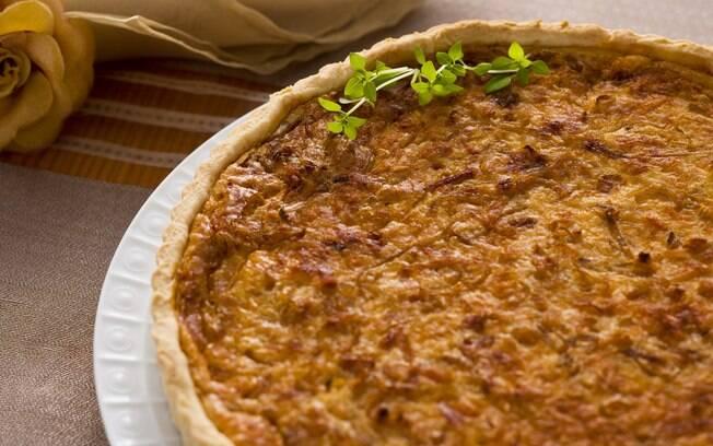 Foto da receita Quiche de cebola caramelada pronta.