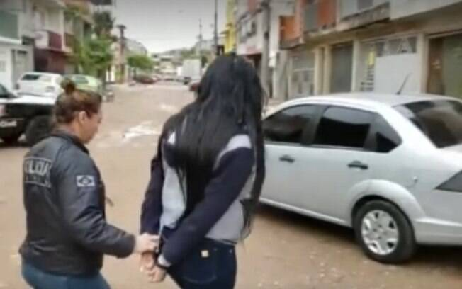 Polícia prende jovem que aplicou golpe