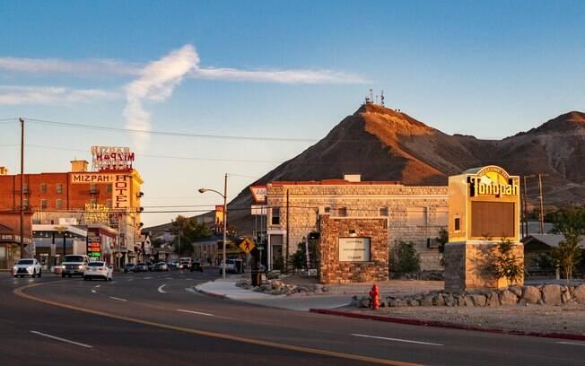 Cidade de Tonopah durante o por do sol