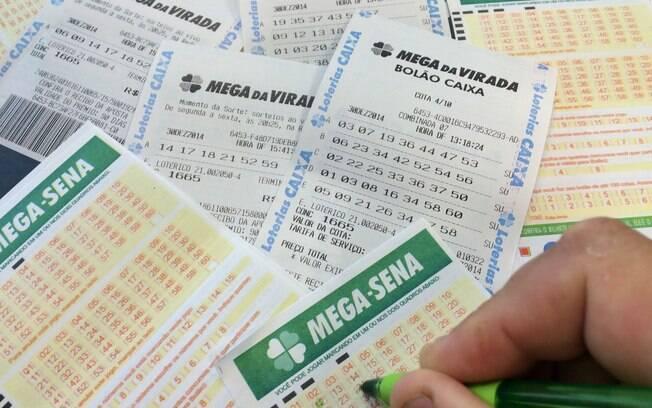 A aposta mínima na Mega-Sena é de R$ 3,50 e pode ser feita até as 19h deste sábado (30)