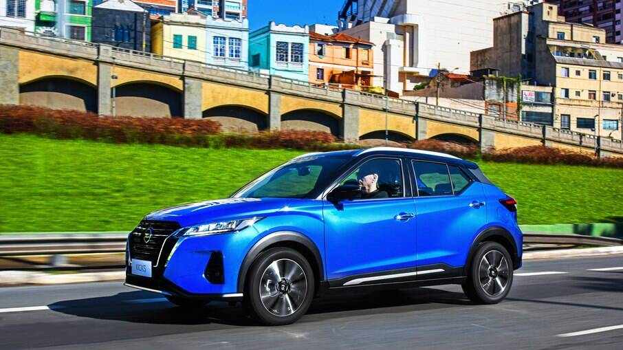 Nissan Kicks 2022 passa a ter aumento de R$ 2.600 em todas as versões três meses após o lançamento no Brasil