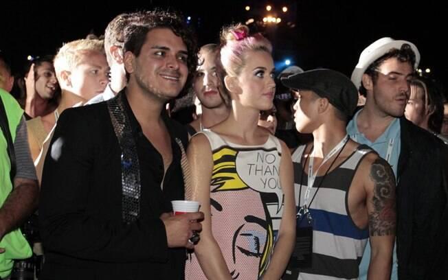 Katy Perry assiste ao show de Rihanna no Rock in Rio