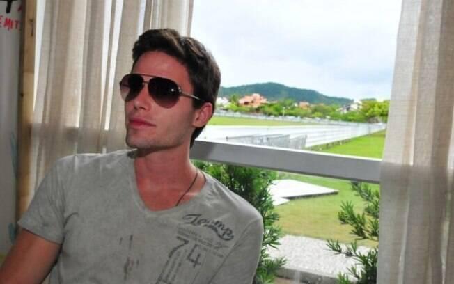Jonatas Faro está aproveitando o início de 2012