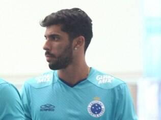 Médicos detectaram lesão no joelho esquerdo de Vilson, que pode não vestir a camisa do Cruzeiro em 2014