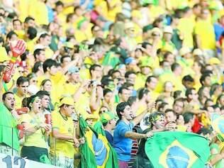 Trégua. Para cientistas políticos, população está acompanhando a Copa e deu uma pausa na eleição