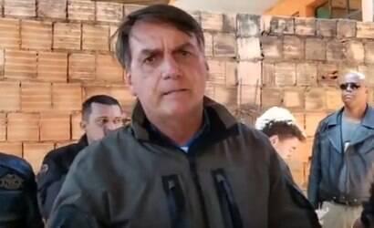 Bolsonaro critica STF por fechamento de igrejas
