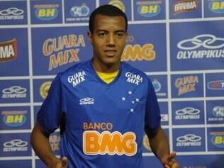 Contra o Coxa, lateral-esquerdo Breno Lopes pode ter a sua primeira oportunidade vestindo a camisa celeste
