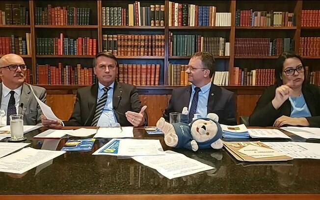 Presidente falou sobre a expectativa para o início da vacinação no Brasil