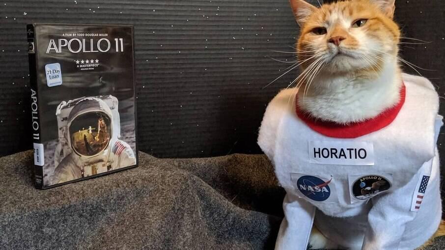 Horatio de astronauta, no tema de Apolo 11