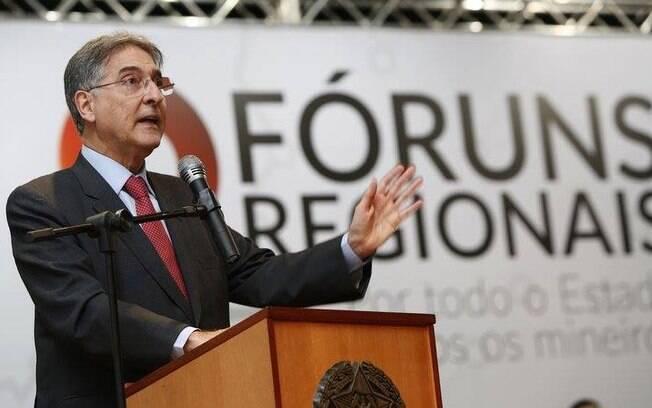 No pedido de impeachment, advogado argumenta que Fernando Pimentel teria cometido crime de responsabilidade