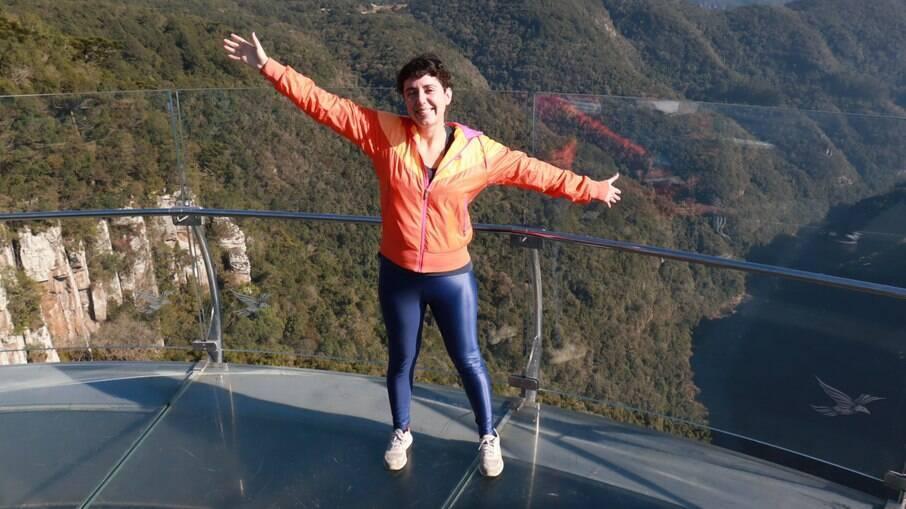 Repórter Luciana Teixeira no SkyGlass Canela